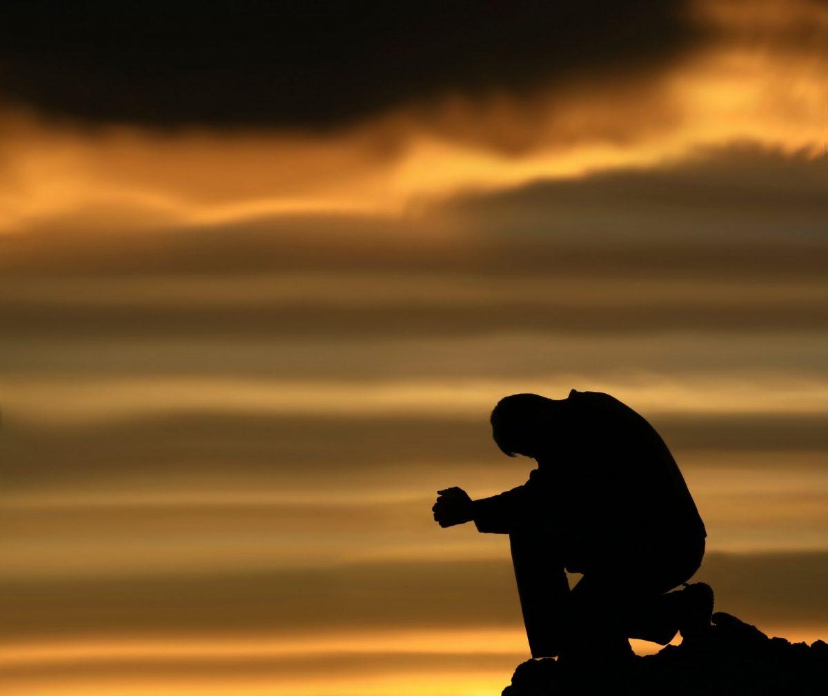 EZ AZ IDŐSZAK LELEPLEZI A HAZUGSÁGOKAT ÉS ÖNÁMÍTÁSOKAT….